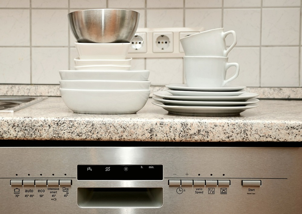 Services tableware 555203 1280 Mountain Top Appliance